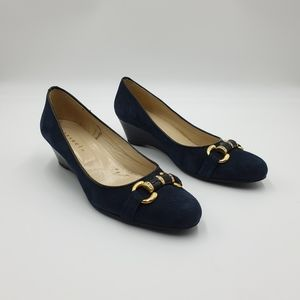 Consuelo Made in Italy AUS9 Navy Suede Low Wedge Heels Gold Crystal Embelishment